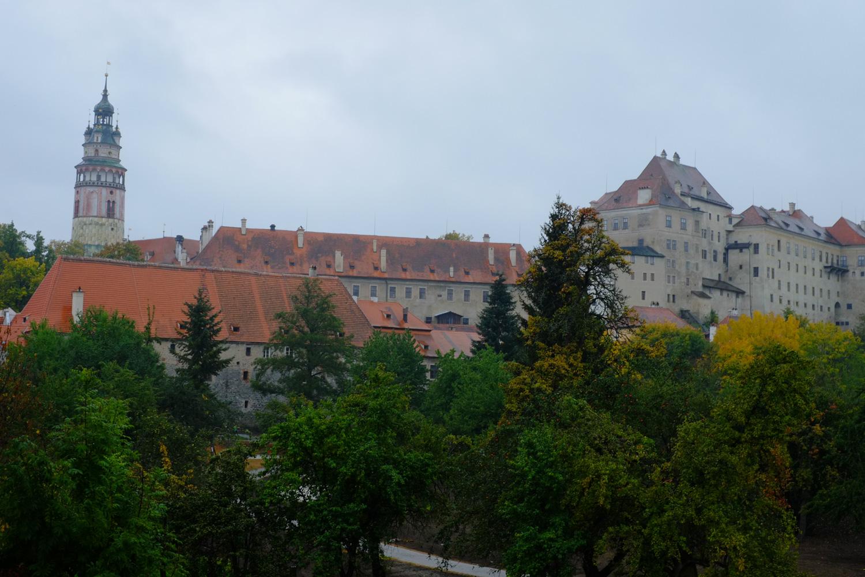 ブジェヨヴィツェ門にかかる橋より、チェスキー・クルムロフ城